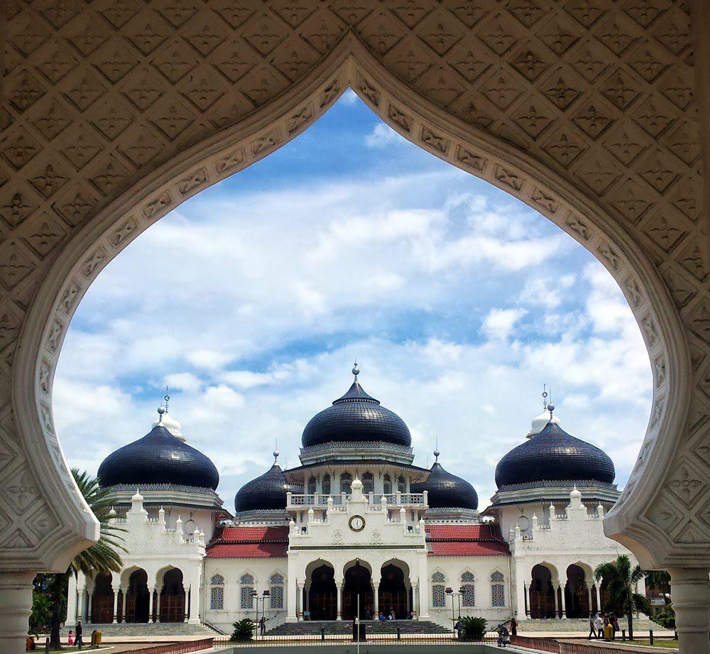 tesyasblog banda aceh transit 04 masjid raya 1 1 HOBI TERNAK kota aceh word1