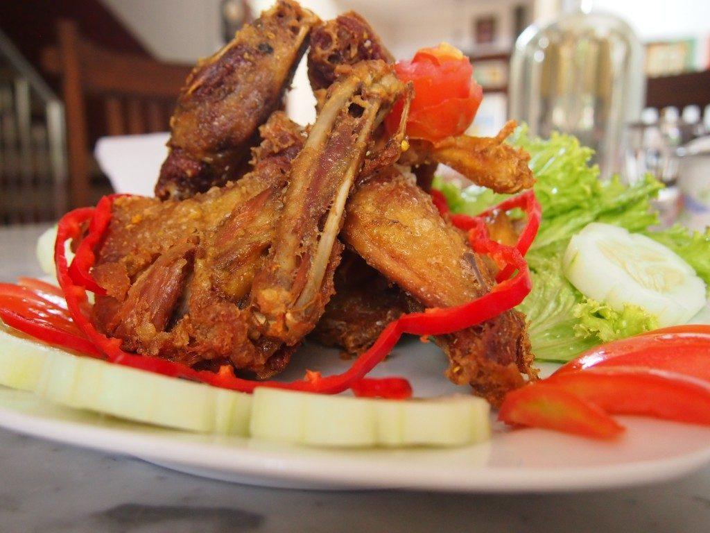 Olahan daging ayam kampung super yang enak dan lezat