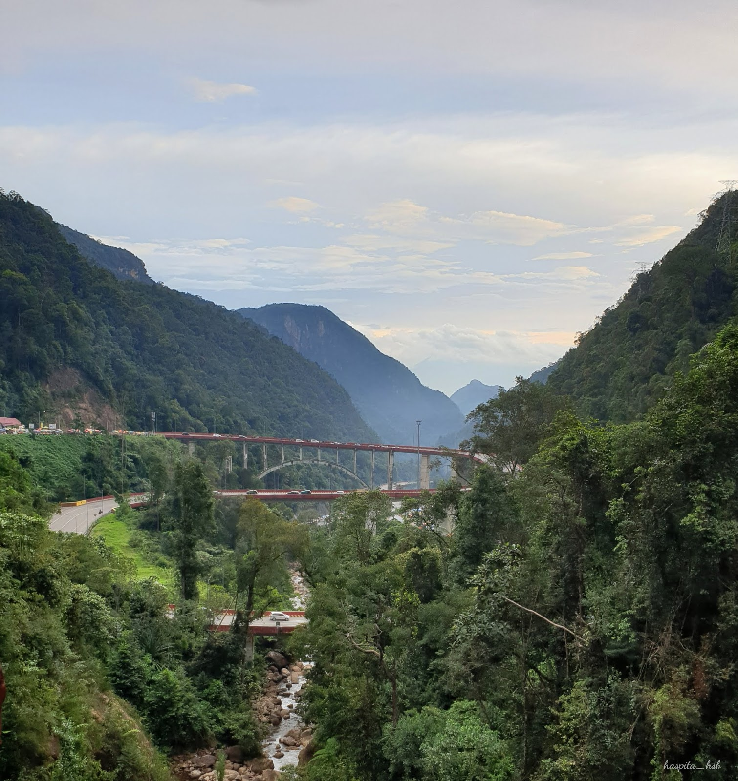 Daerah Payakumbuh merupakan dataran yang masih didominasi oleh pegunungan