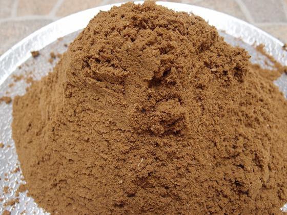 Sumber pakan alternatif hewani yang bisa digunakan adalah tepung ikan karena kandungan nutrisinya baik | image 2