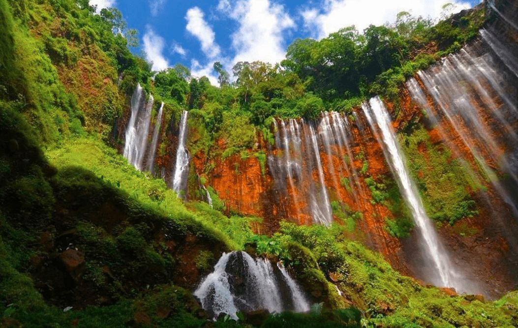 Salah satu destinasi menari di daerah Lumajang adalah air terjun atau biasa dikenal dengan Coban   Image 2